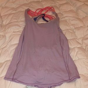Lululemon size 4 top with built in bra